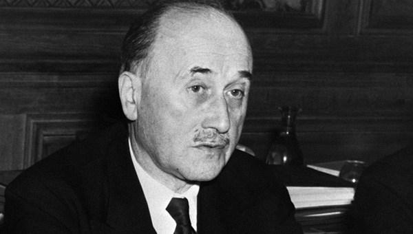 Jean Monnet – padre f. della UE e agente USA